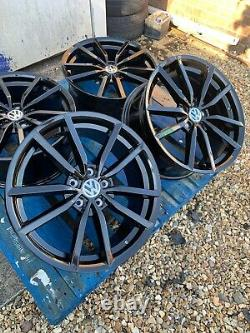19 Pretoria Golf R Style Alloy Wheels Only Gloss Black to fit Volkswagen Golf