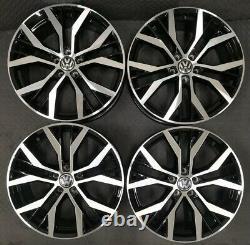 Set of 4 x 17 Santiago Style Black/Polished Alloy Wheels Only Volkswagen Golf