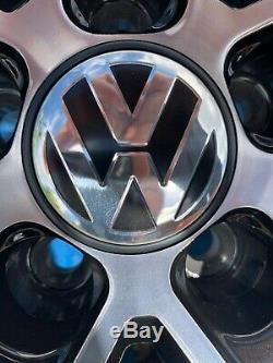 17 Santiago En Alliage De Style Roues Seulement Noir / Diamond Cut Pour Adapter Volkswagen Golf
