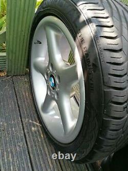 Bmw 17 Alloy Wheels Remis À Neuf E34 E39 Z3 E36 Style 18 Décalé 8j & 9j Retro