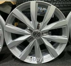 Ex Display 18 Vw T5 T6 Style D'alliage Springfield Roues 5x120 Et45 65.1cb